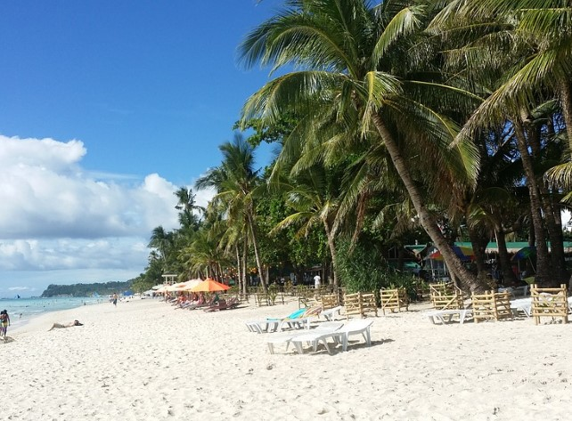 Read more about the article Summer Holiday Destinations For Beach Lovers