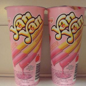 Meiji YanYan Strawberry Flavor