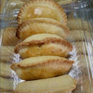 HomeMade Chicken Empanada,Pinoy Pastry,Filipino Sn...